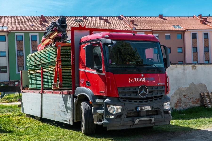 Építőanyag kiszállítás - Megvásárolt építőanyagait házhoz szállítjuk!